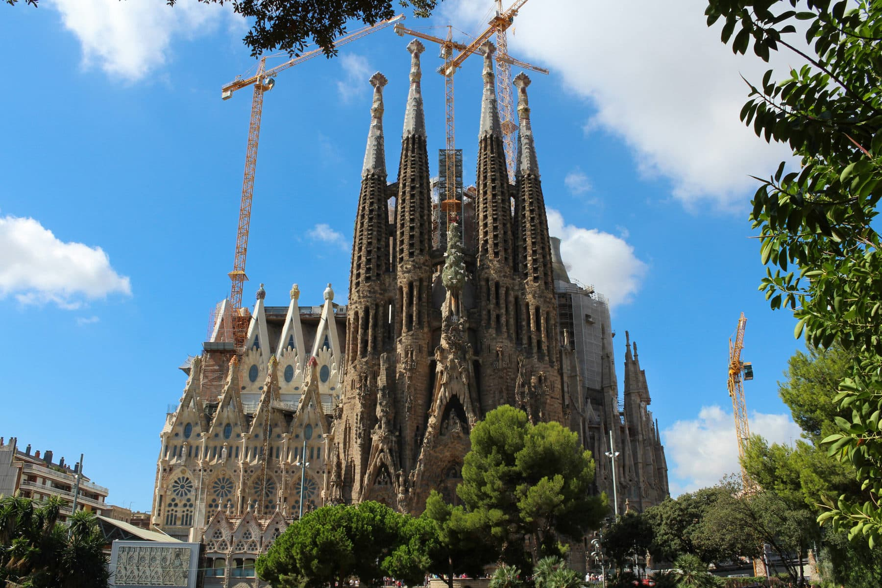 Sagrada Familia: Die Passionsfassade entworfen von Josep Subirach