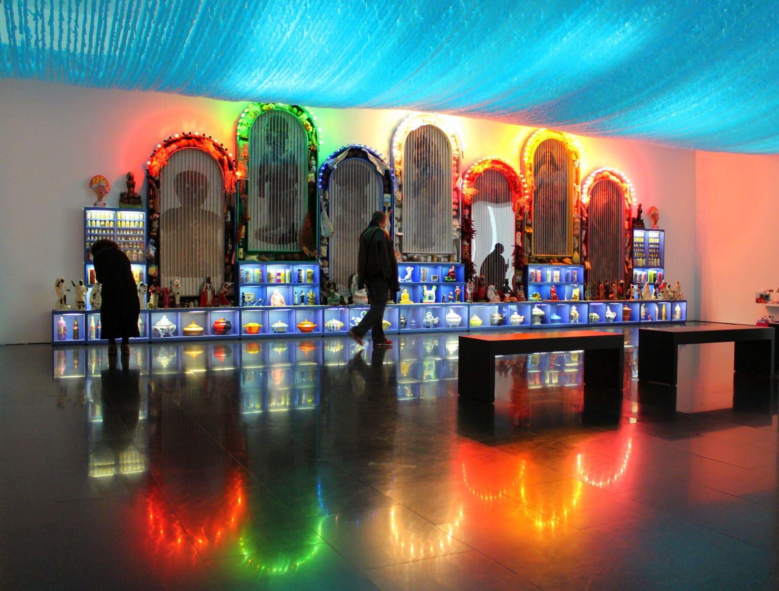 MACBA Barcelona, ehemalige Ausstellung: Miralda (Heiliges Essen)