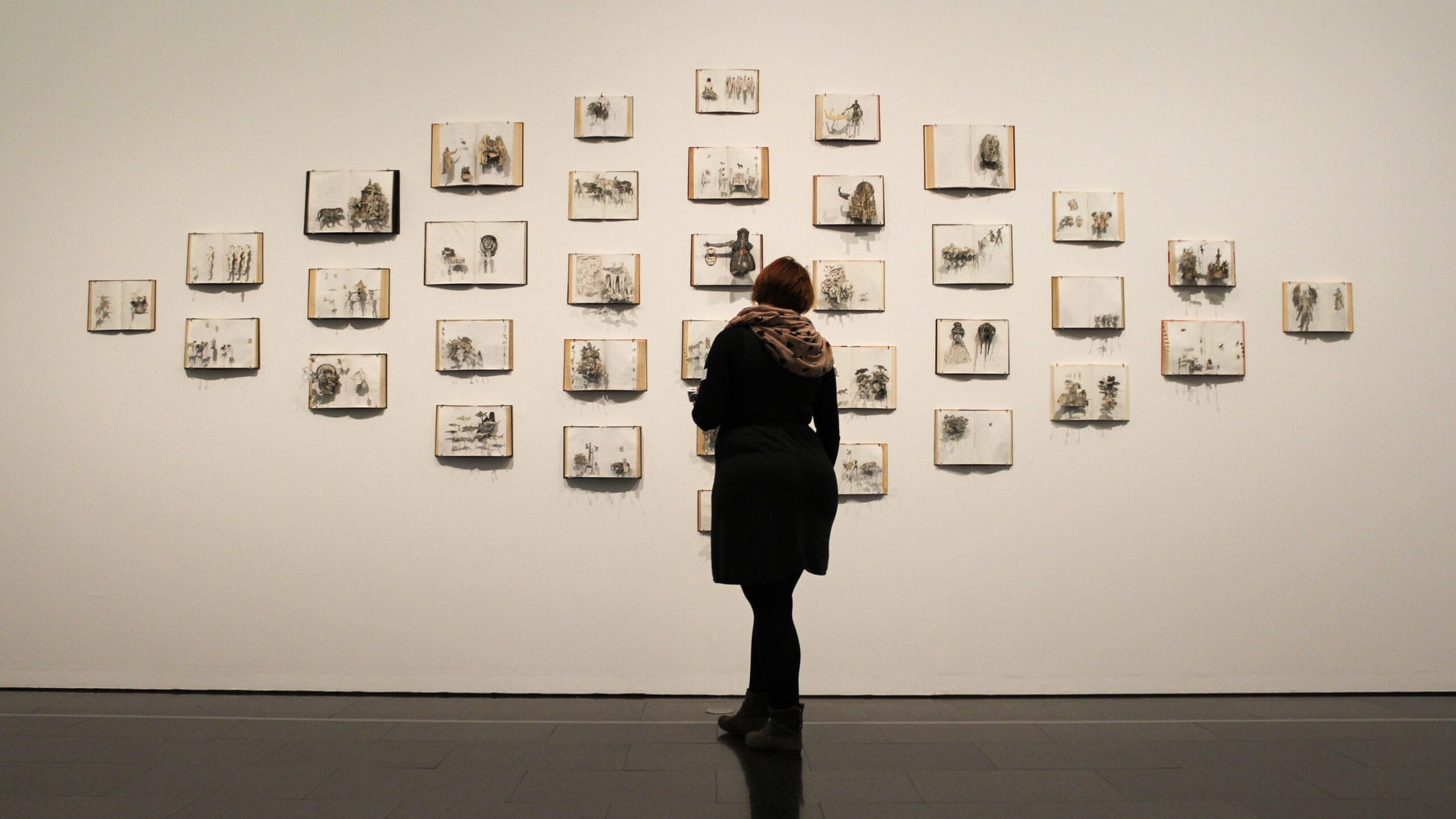 MACBA Barcelona, Ausstellung: Die Bestie und der Souverän