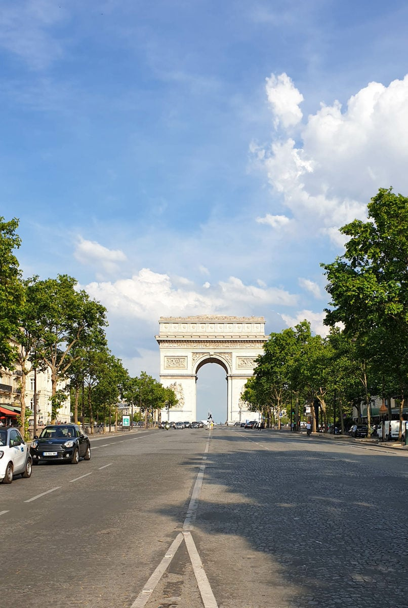 Arc de Triomphe, Paris, während Corona