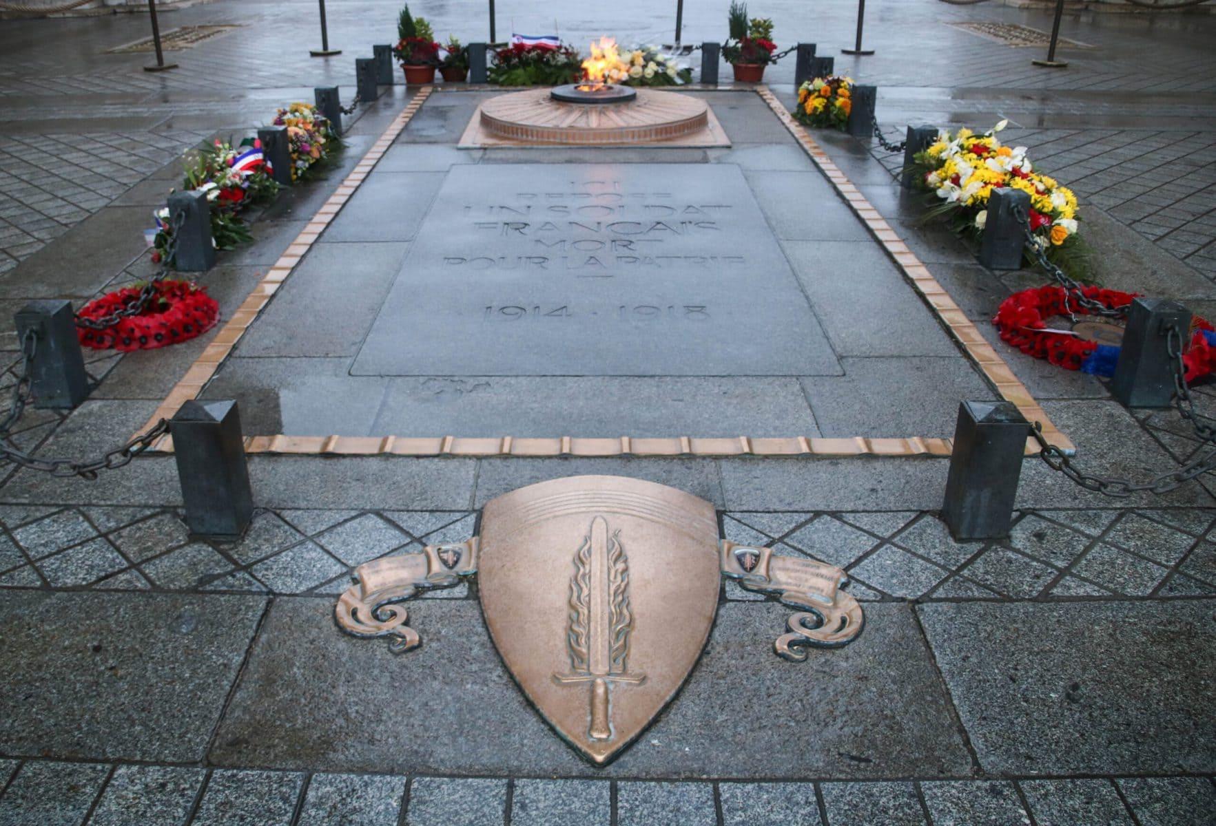 Grab des Unbekannten Soldaten, Arc de Triomphe, Paris