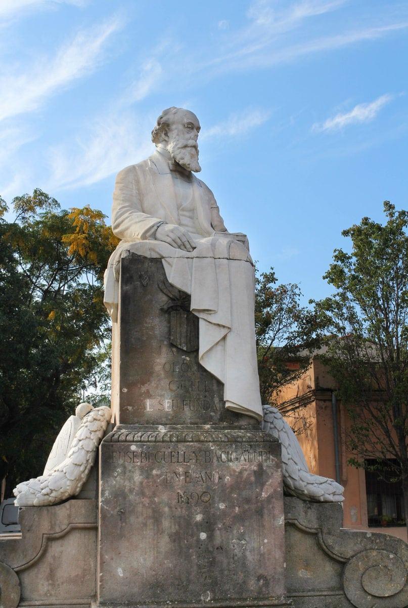 Statur Eusebi Güells, dem Gründer der Colonia Güell, Barcelona