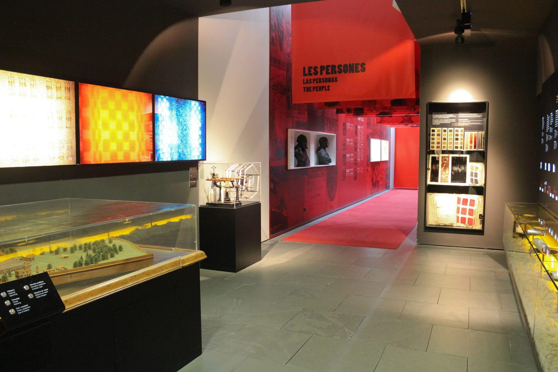 Museum in und über die Colonia Güell, Barcelona