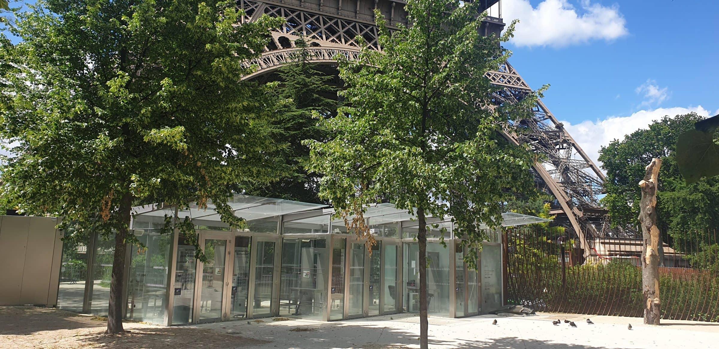 Eiffelturm, Paris, während Corona