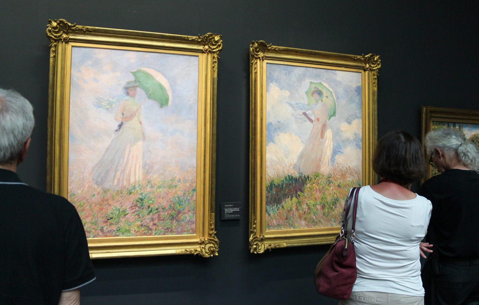 Claude Monet, Studie einer Figur im Freien: Frau mit Sonnenschirm nach rechts gedreht, 1886, Öl auf Leinwand, 130,50 x 89,30 cm, Musée d'Orsay, Paris & Claude Monet, Studie einer Figur im Freien: Frau mit Sonnenschirm nach links gedreht, 1886, Öl auf Leinwand, 131,00 x 88,70 cm, Musée d'Orsay, Paris
