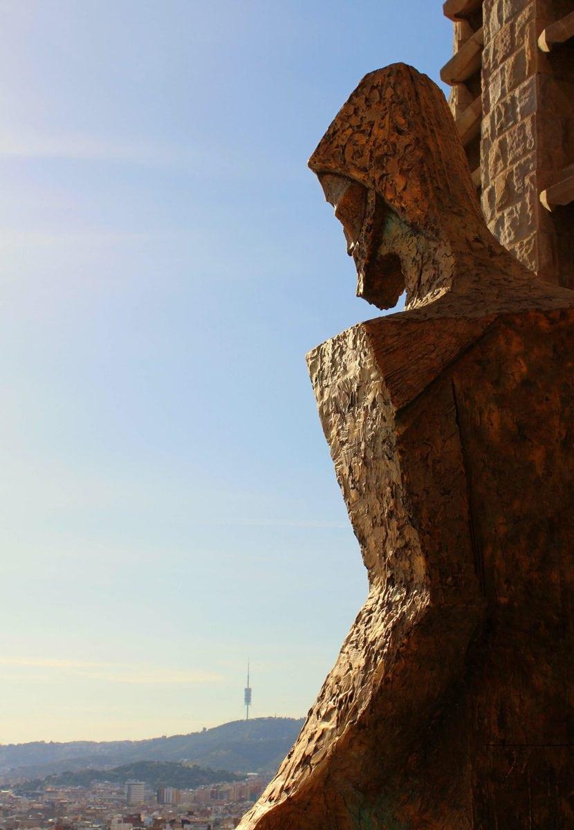 Apostel an der Passionsfassade der Sagrada Familia, Barcelona