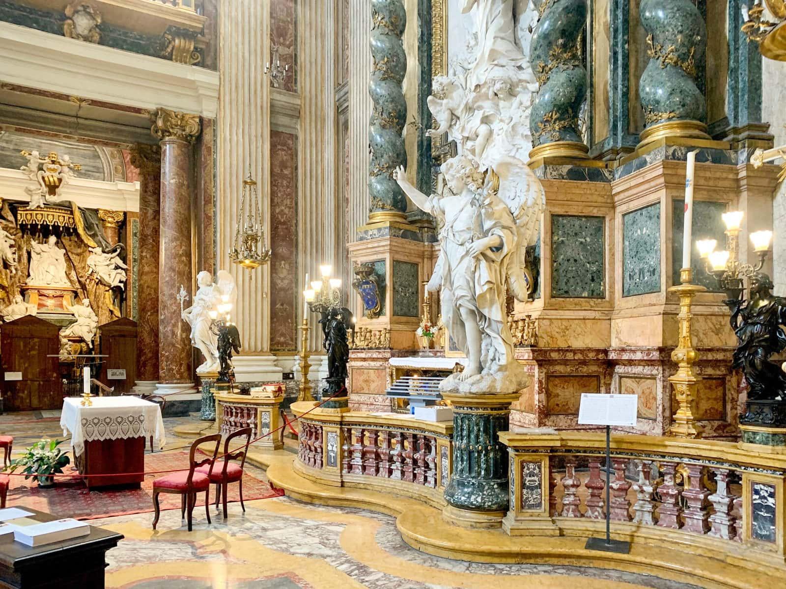 Altar des heiligen Aloisius von Pozzo, Seitenansicht, Sant'Ignazio di Loyola, Rom