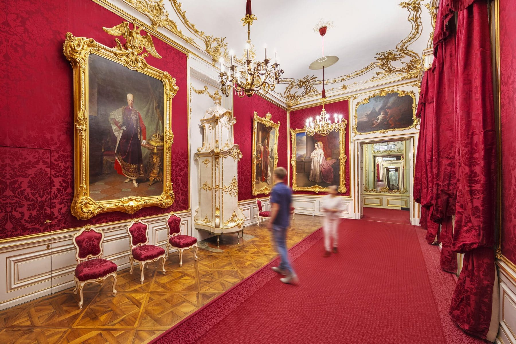Schloss Schönbrunn Wien, Roter Salon © Schloß Schönbrunn Kultur- und Betriebsges.m.b.H._Severin Wurnig