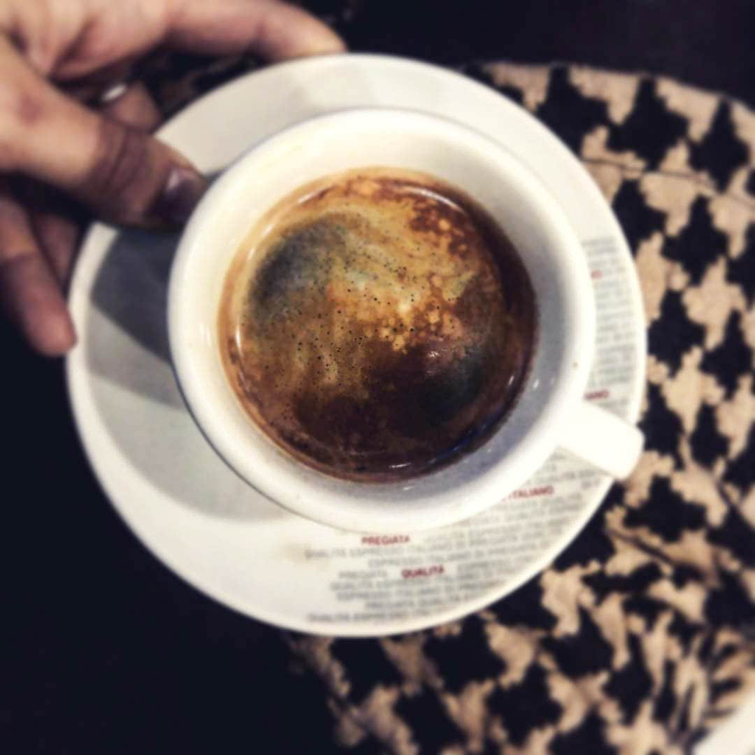 Ein Espresso bei Sant' Eustachio, Rom