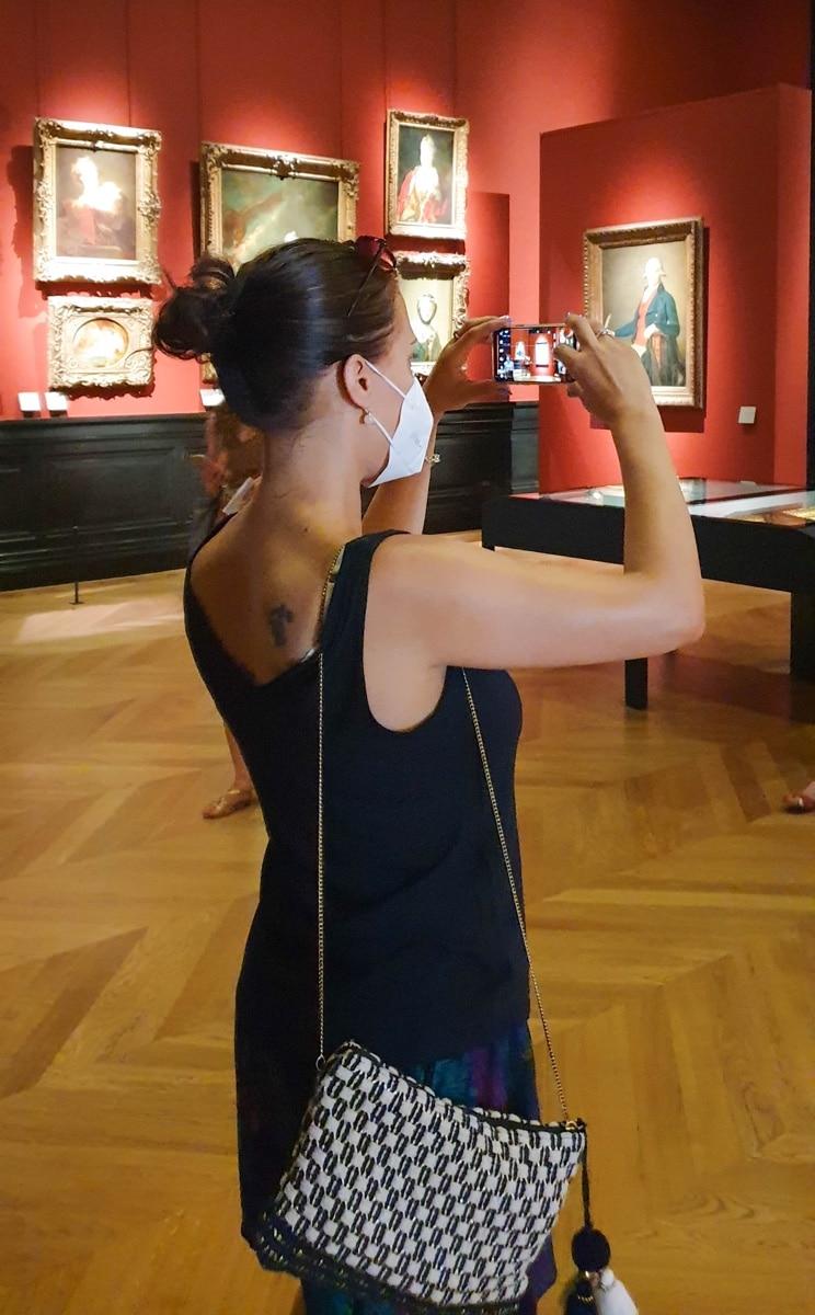 Anne im Louvre